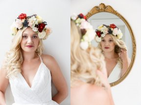 'show-off' flower crown featuring those gorgeous 'Hot Chocolate' garden roses Image by Malthouse Photography