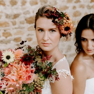 Bold autumn colour floral bridal hair piece and bouquet
